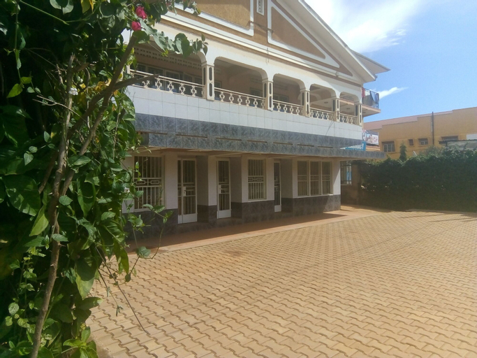 Colonial Residence -Annex, Entebbe