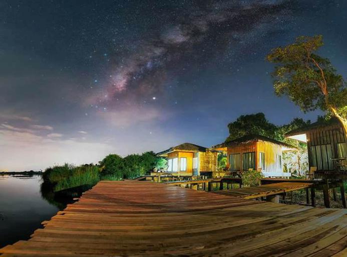 Lake House, Khuan Khanun