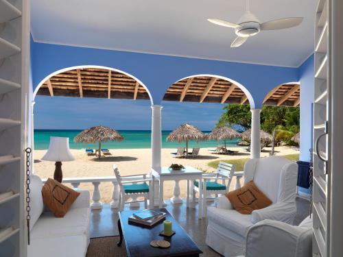 Jamaica Inn,
