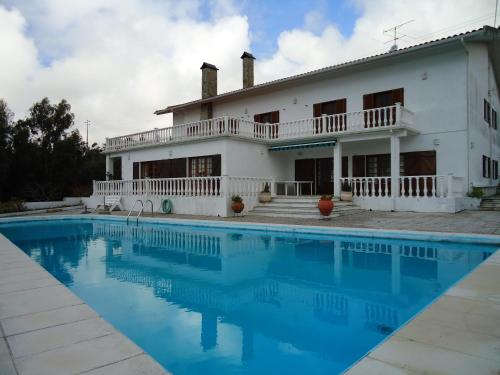 Large Villa with pool and panoramic view, Figueira da Foz
