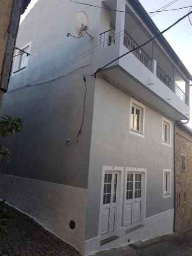 Casa dos Avos e Netos, Fundão