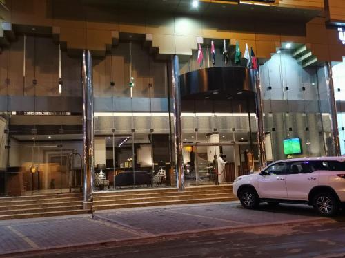 Rahwan Palace - Apartments Hotel,