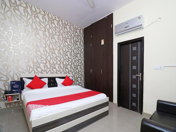 OYO 22698 Delight Residency, Faridabad