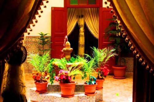 Dar Al Fassia, Oujda Angad