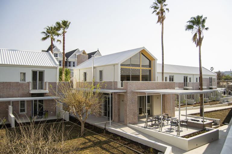 The Windhoek Luxury Suites, Windhoek East