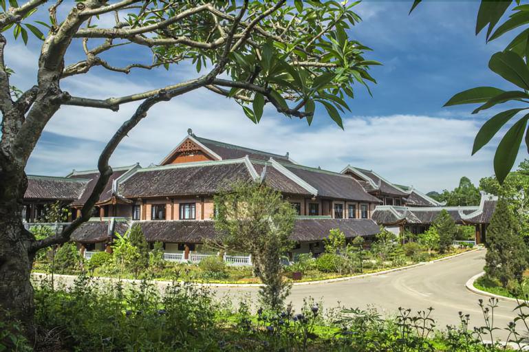 Bai Dinh Hotel, Gia Viễn