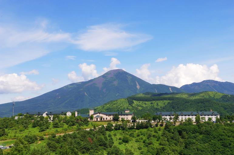 SKYPARK HOTEL in Kurumayama Kogen, Chino