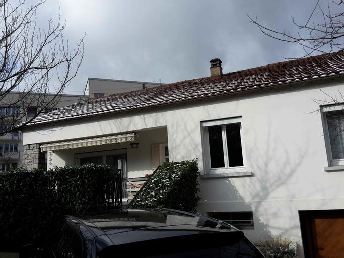 Maison complète à Besançon 4-5 personnes, Doubs