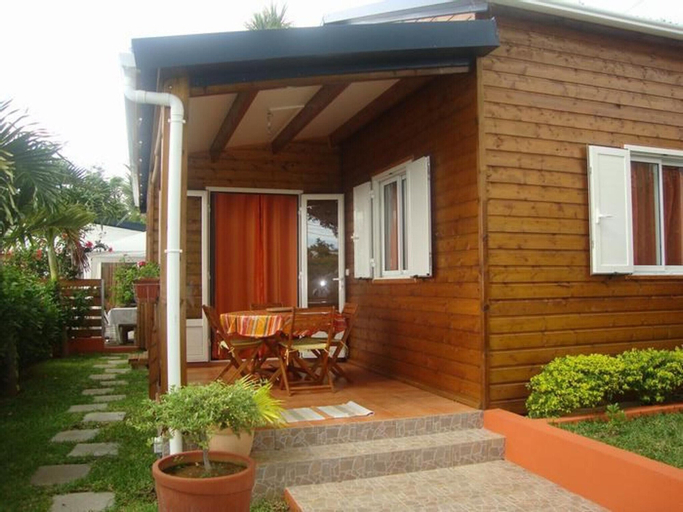 House With 2 Bedrooms in Saint Paul, With Wonderful sea View, Enclosed, Saint-Paul