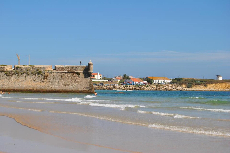 Apartment With 3 Bedrooms in Peniche, With Wonderful sea View, Furnish, Peniche