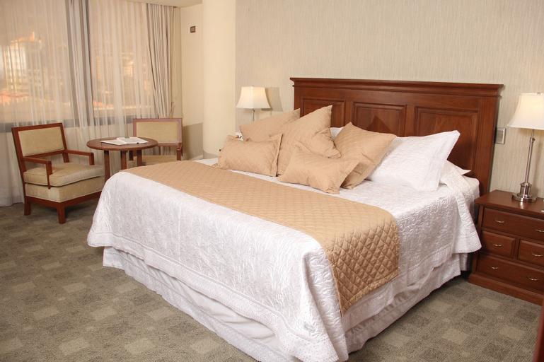 Gran Hotel Toloma, Cercado