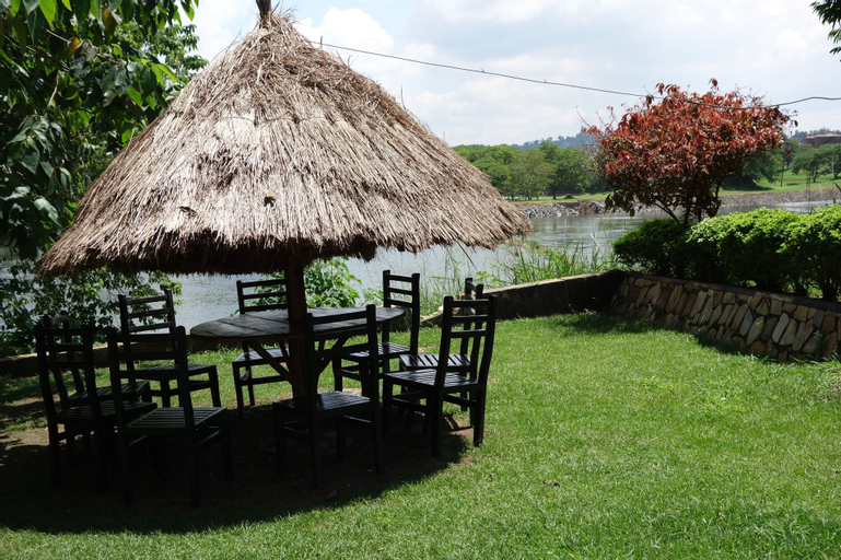 Forever Resort, Jinja