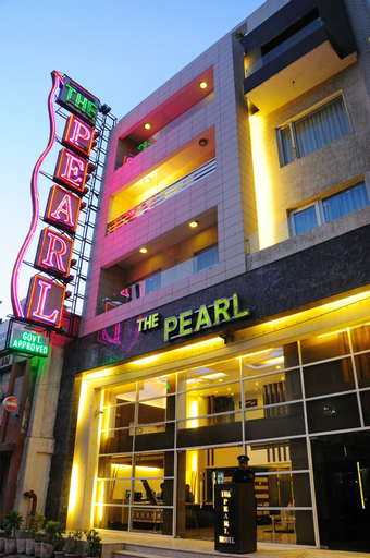 The Pearl, West