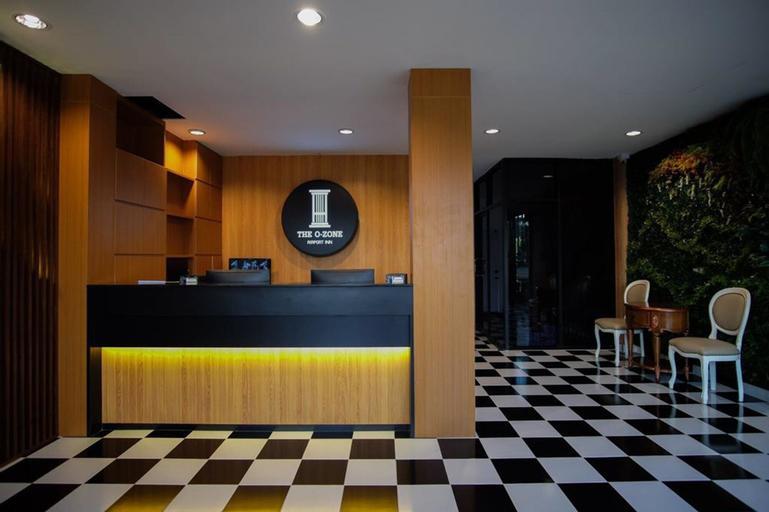 The O-Zone Airport Inn, Bang Plee