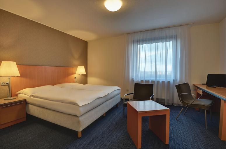 Hotel Henrietta, Praha 8