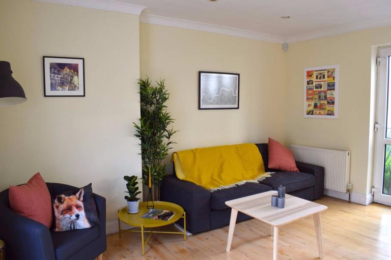 Islington 1 Bedroom Flat, London