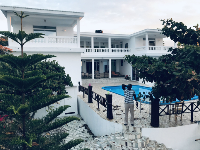 Maxanika, Jacmel