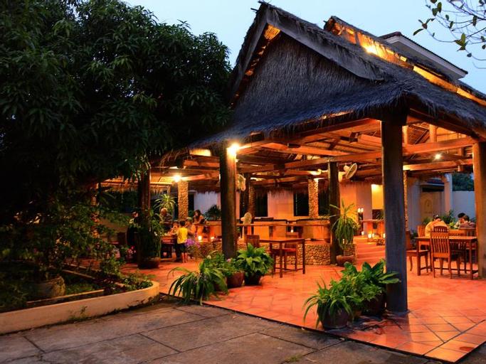 Mea Culpa Kampot, Kampong Bay