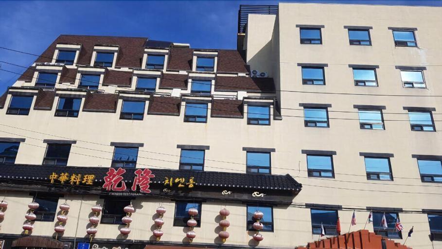 Chuncheon Central Hotel, Chuncheon
