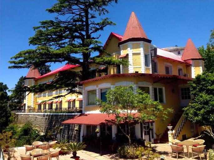 WelcomHeritage Kasmanda Palace, Dehradun