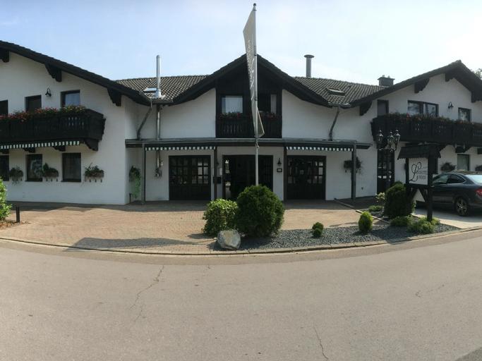 Landhotel & Reitanlage Linden, Viersen