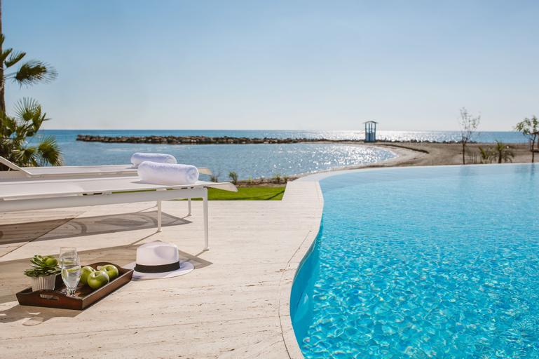 Lebay Beach Hotel,
