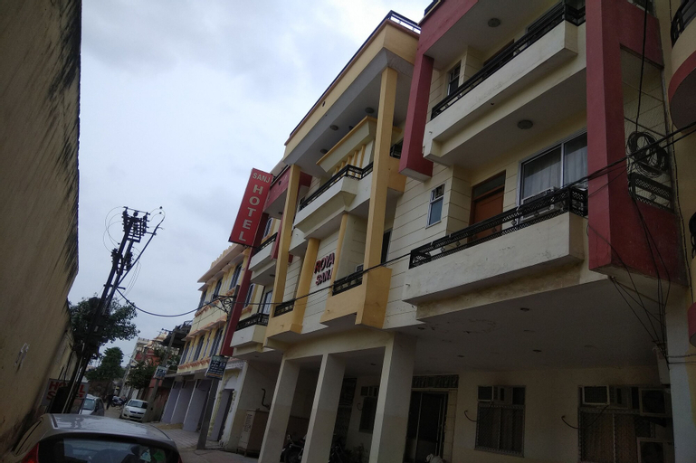 OYO 18321 Hotel Royal Sanj, Jaipur