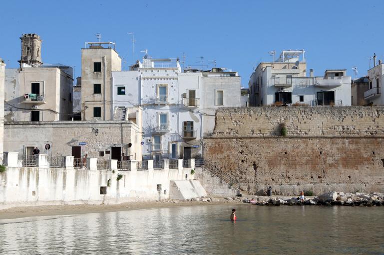 Miramare, Bari
