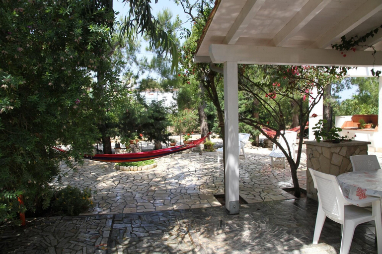 Apartment With 2 Bedrooms in Torre Guaceto, With Enclosed Garden, Brindisi