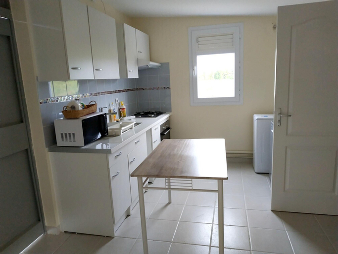 Studio in Le Lamentin, With Enclosed Garden and Wifi - 5 km From the B, Le Lamentin