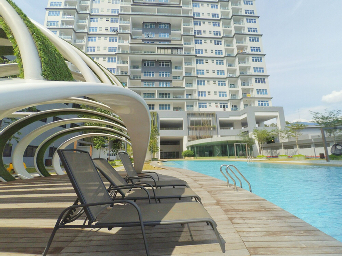 Teiw Family Homestay @ Skypod Residence Puchong, Kuala Lumpur