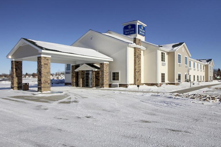 Cobblestone Inn & Suites - Harvey, Wells