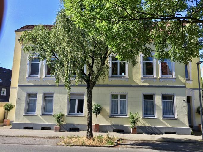 a-domo Apartments Oberhausen - Moderne Wohnungen und Studio Apartments - Gute Anbindung ideal fur 1 , Oberhausen
