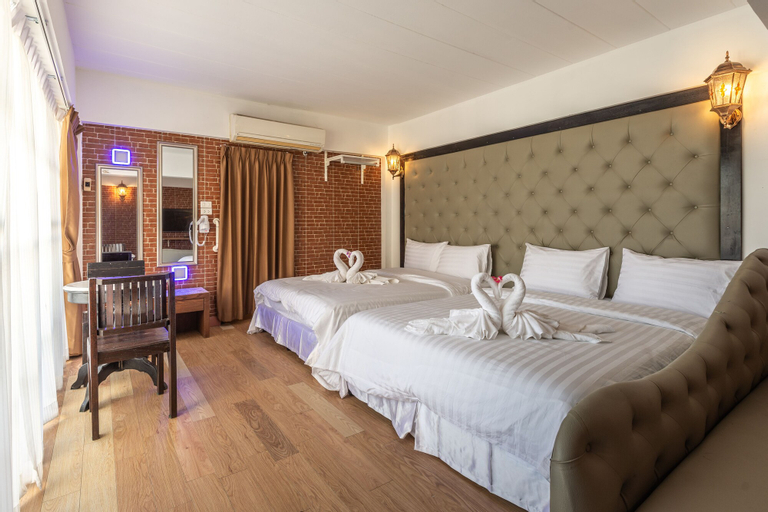 Sudyod Hotel, Bang Plad