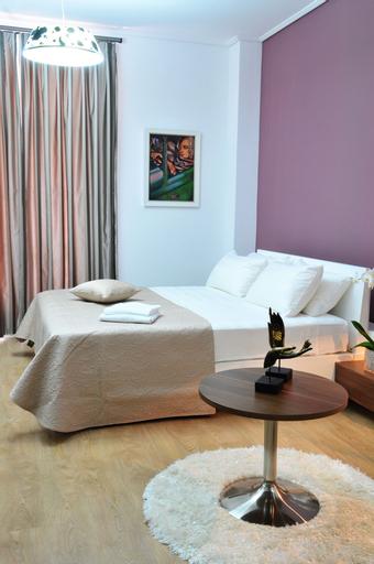 Golden City Hotel & My Spa, Tiranës