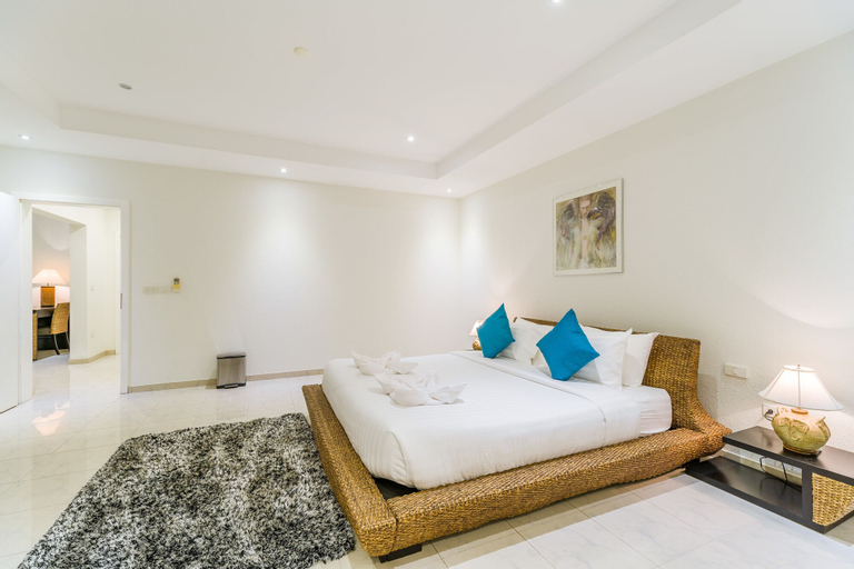 Luxury Pool Villa 52, Bang Lamung