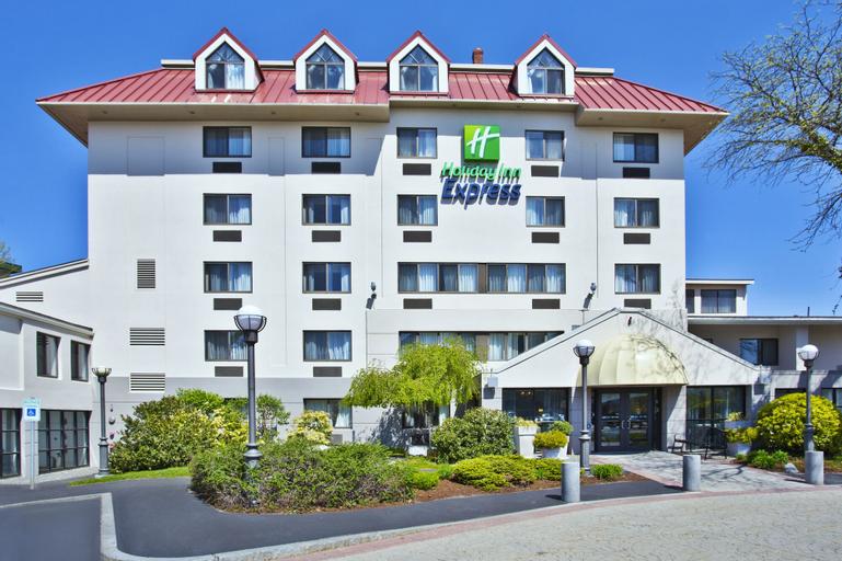 Holiday Inn Express Boston - Waltham, an IHG Hotel, Middlesex