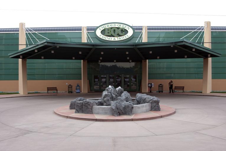 Emerald Queen Hotel & Casino, Pierce
