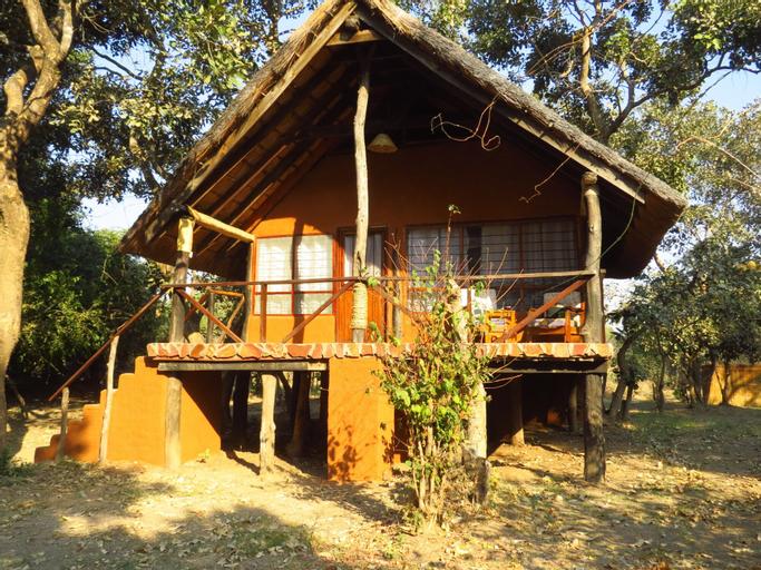 Zikomo Safari Camp, Mpika