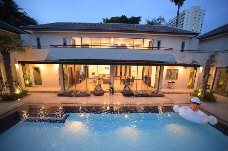 Villa Navin Premiere Pool Villa, Pattaya