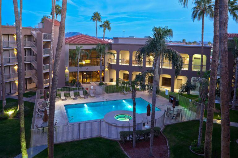 Best Western Plus Scottsdale Thunderbird Suites, Maricopa