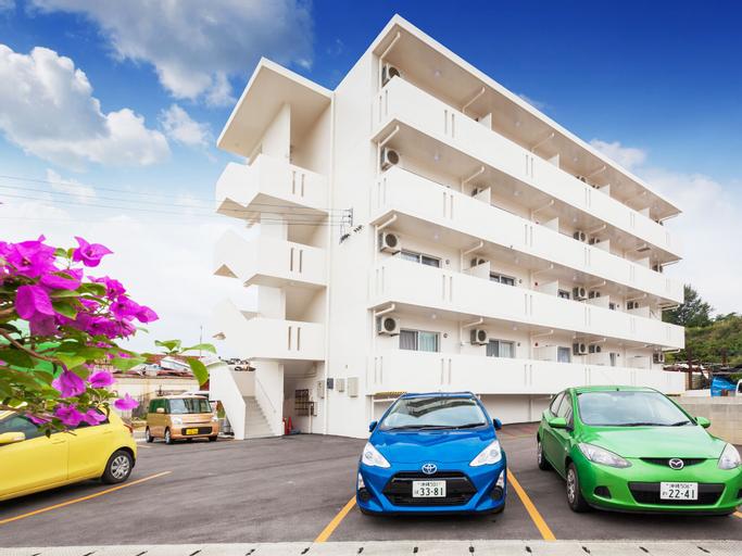 Kariyushi Condominium Resort Kin Yaka Seaside, Kin