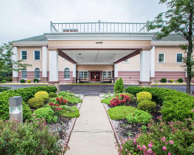 Clarion Hotel Palmer Inn, Mercer