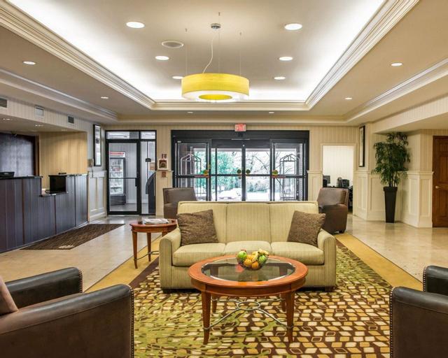 Comfort Inn & Suites, Allegheny
