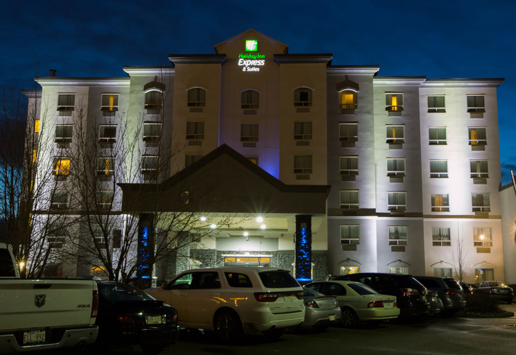 Holiday Inn Express Hotel & Suites Edmonton North, Division No. 11