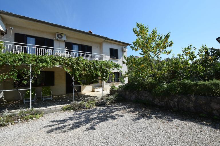 Apartments and Room Blazevic, Omišalj