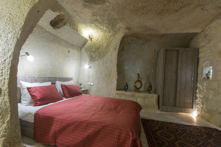 Bedrock Cave Hotel -Adults Only, Merkez