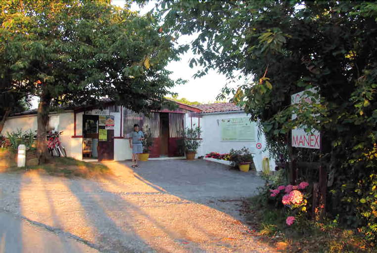 Camping Manex - Cabanes, Pyrénées-Atlantiques