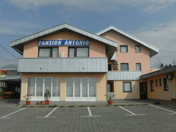 Pansion Antonio, Slavonski Brod