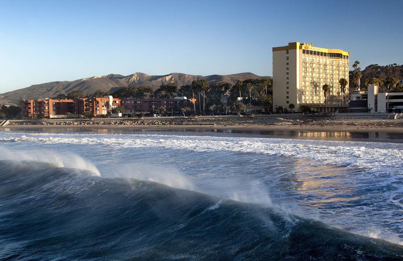 Crowne Plaza Hotel Ventura Beach, Ventura